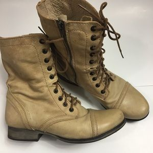 Steve Madden / Troops combat boots/ Tan/ Size 8.5